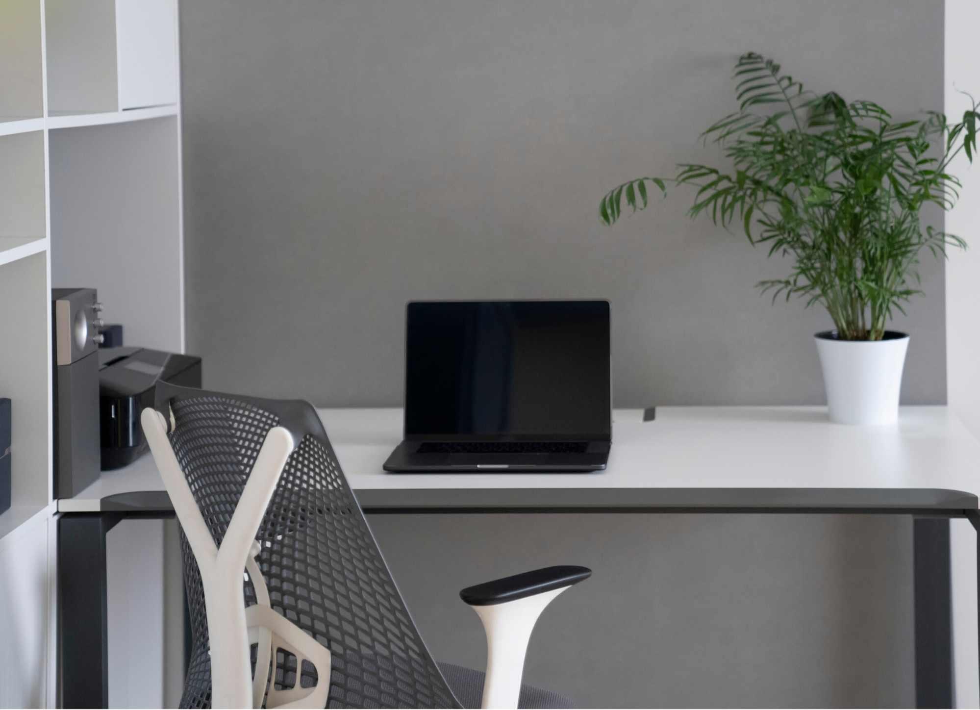 hexrow-marketing-desk
